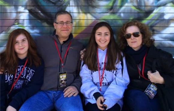 Meet Apotheker Family for HO Dec 2018 (2)